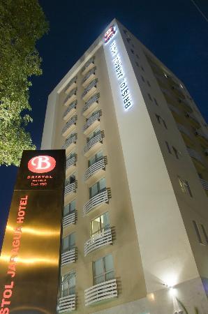 bristol-jaragua-hotel